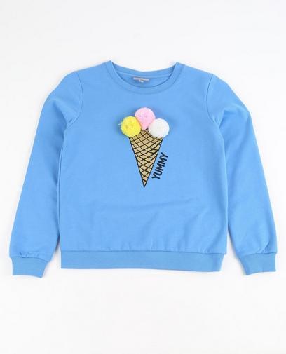 Himmelblauer Sweater